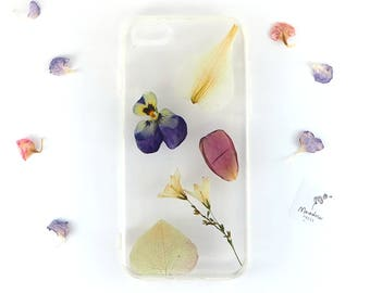 iPhone 7 / iPhone 8 bumper case with real pressed flowers