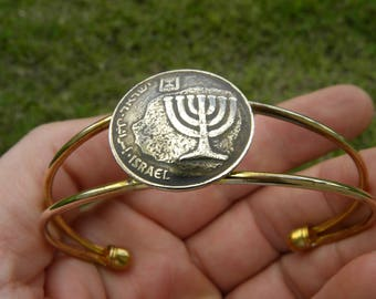 Real authentic vintage  Israel coin 10 Agorot holy land Jewish bracelet cuff adjustable gold plate