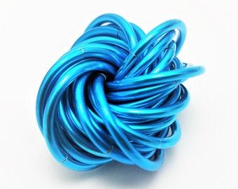 Möbii Turquoise Medium, Fidget Toy for Restless Hands, Stess Ball Desk Toy