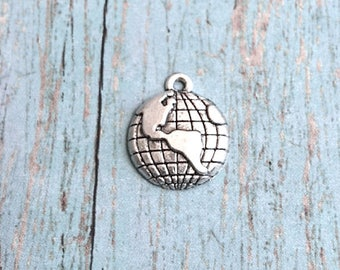 Bulk 25 Globe charms (1 sided) silver tone - silver globe pendants, Earth charms, world traveler charms, geography charms, globe charms, R3