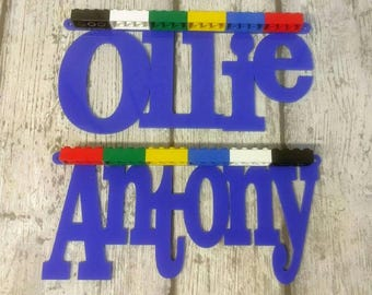 acrylic name plaque with 12 bricks for mini figures