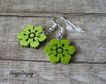 """Earrings """"Flower"""" in green"""