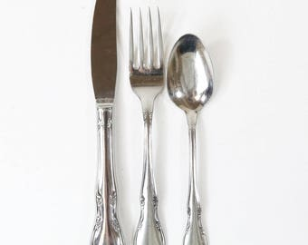 1943 Toddletime 3 Piece Stainless Childrens Flatware by Oneida