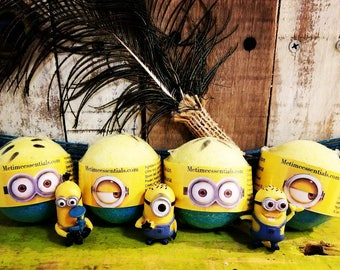 6 Minion Toy Bath Bombs