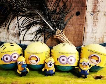 6 Minion Toy Bath Bombs
