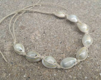 Tie-on Cowrie Hemp Ankle Bracelet Handmade, Beaded Anklet, Hemp Jewelry, Summer Jewelry, Beach Jewelry, Ankle Bracelet, Hemp Ankle Bracelet.