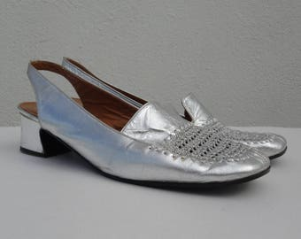 60s Vintage Silver Leather Shoes  // Crocheted Top // Slingback