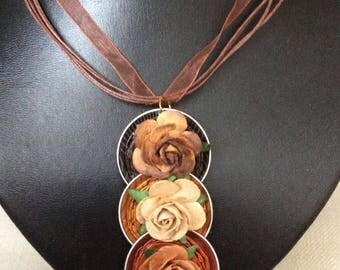 Necklace in organza with nespresso aluminium hanger with flowers