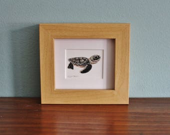 Sea Turtle Watercolour Painting - Reptile - Framed Giclee print - Nature Art Poster - Picture and gift for the home - Mini Frame