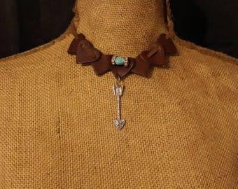 Leather Heart Arrow Choker