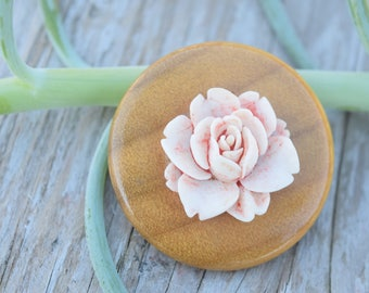 Pink Rose Brooch, Rose Pin, Wooden, Light Pink, Variated Rose, Round Pin, Rose Jewelry, Vintage, Blooming, Pink Floral Brooch, Pink Flower