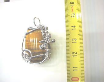 Pendant with a silver F2E and Tiger eye