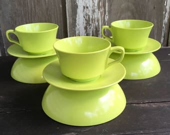 9 pieces chartreuse Allied Chemical melamine cups sauces bowls