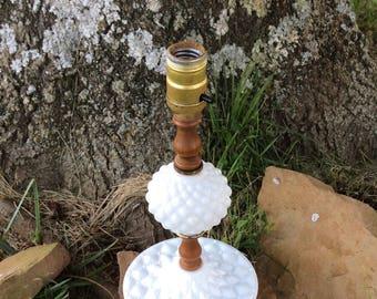 Vintage Milk Glass Lamp, Quilted Milk Glass, Milk Glass Lamp, Vintage Milk Glass, Vintage Lamp, Vintage Table Lamp, Bedroom Lamp, Vanity