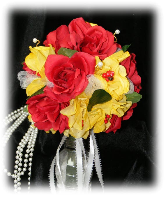 BEAUTIFUL Round Red & Yellow Wedding Bouquet