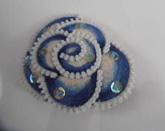 Hair clip Blue Rose felted