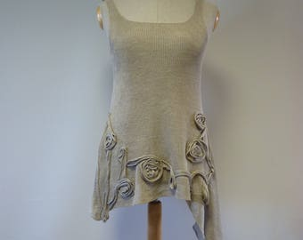 Summer taupe asymmetrical top, L size. Made of pure linen, only one sample.