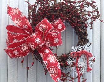 Grapevine wreath/Christmas grapevine/snowflake wreath/snowflake/grapevine/country/country decor/farmhouse/cottage/Christmas decor