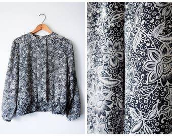 SALE 60s smocked waist floral blouse | M