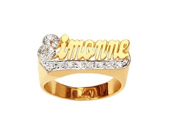 Lee116dM-10K 10mm Size 10K Gold Script Letter Accented w/ 12 Diamond Name Ring