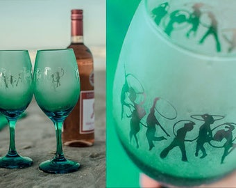 2 Etched Wine Glasses- Hoopy Friends