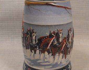 Lighting the Way Home 1995 Budweiser Holiday Stein Handcrafted by Ceramarte in Brazil.  Anheuser-Bush St. Louis, Mo