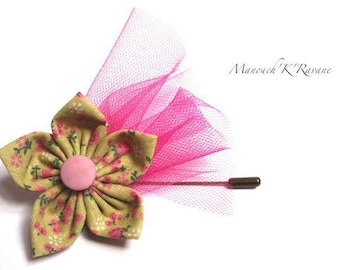Great pin - 8 cm - fabric-6cms origami flower, antique button, tulle