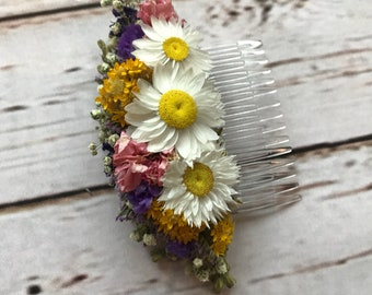 Daisy Floral Comb.  Dried Flowers, Made in any colour, Wedding Hair Piece, Bride, Bridesmaid, Flowergirl, Flower Clips Accessory