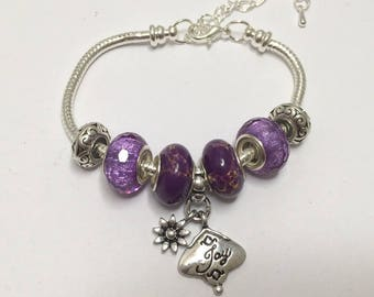 "Charm's, purple, charm bracelet with ""joy"" ref 747"