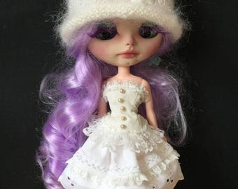 Bravura Dolly corset, skirt and cloche hat Outfit