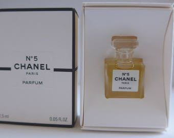 Chanel No 5 Eau de Parfum 1.5 ml full with box