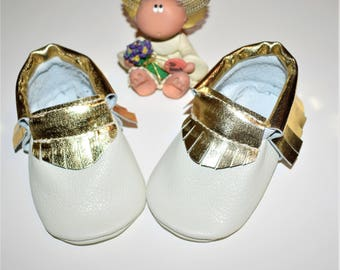 White with Gold fringe Baby Moccasins shoes, Gold Moccasins, White Leather Moccasins, Baby Booties, Baby gift