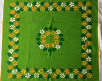 "Vintage green flower power mod tablecloth  34"" x 36"""