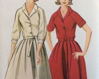 Butterick 3364 misses shirtwaist dress size 12 bust 32 vintage 1960's sewing pattern   Uncut   Factory folds