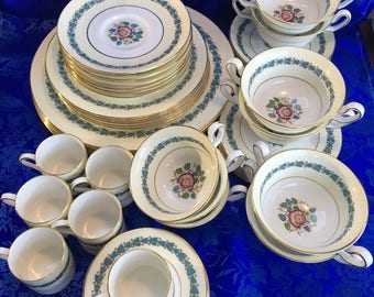 6 Place Settings Wedgwood Yellow Floral Appledone China Dinner England MINT