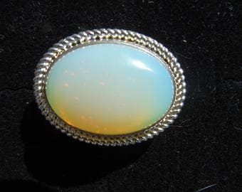 White Natural Semi-precious Gemstone Ring 2.5cm 1 inch