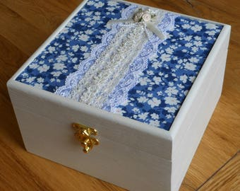 Jewellery box/Decorative/Storage Box/Vintage