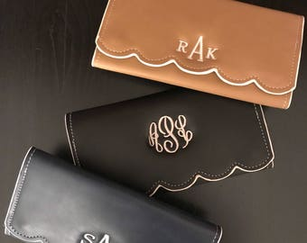 Monogrammed Wallet/ Personalized Wallet/ Wallet/ Scalloped Wallet