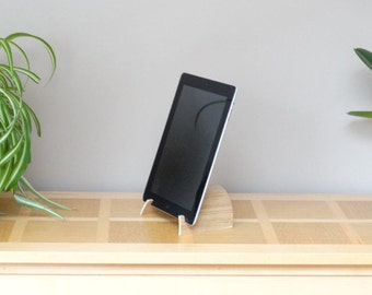 Curved plywood Ipad stand, recipe support on tabet, kitchen tablet stand, wooden recipe stand, ipad bracket