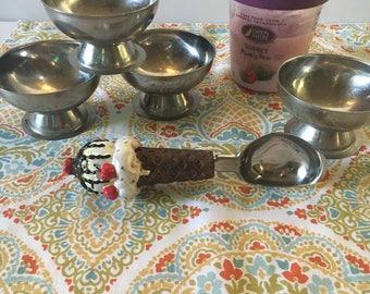 SALE! Vintage bowls, Vintage Metal Dessert dishes,  Ice Cream Dishes , vintage ice cream scoop, ice cream bowls, drugstore dessert dish,
