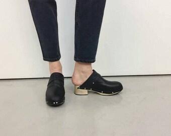Black wooden clogs, black wooden sabot, black mules 70s, wooden black clogs, slip on clogs, clogs for women EU 37.5 USA 6.5 UK 4.5