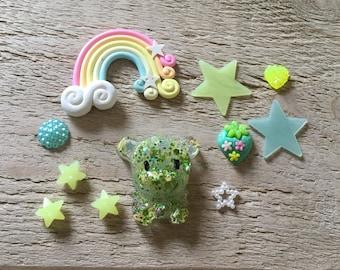 Green lucky bear Decoden Kawai Case DIY