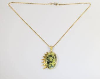 necklace pikes with serpentine in brass