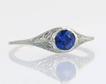 Antique .38ct Sapphire 18K White Gold Filigree Art Deco Engagement Ring