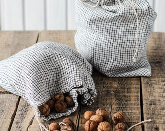 Linen bread bags set of 2, Plaid lingerie bag, Checkered linen nuts storage, Fabric bread keeper, Farm market produce bag, Zero waste