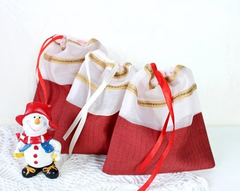 Drawstring bag Candy bag Candy favor bag Party favor bag Sweet bag Christmas gift bags Treat Gift for Christmas tree gift bag Red white bag