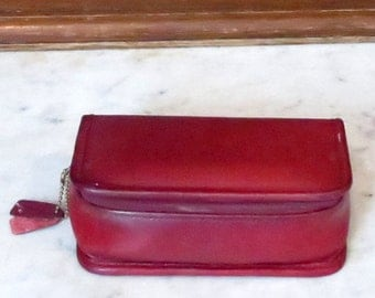 Spring Sale Coach Cosmetic Case In Red Leather With Interior Mirror - VGC