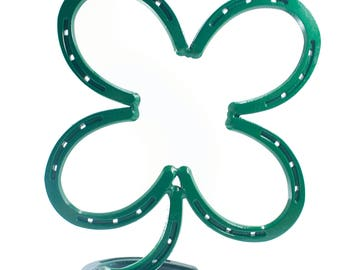 Standing Horse Shoe Four leaf clover