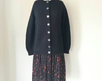 Vintage 1970s 100% wool black hand knitted cardigan sweater