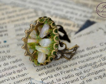"""Géologhia"" Steampunk Adjustable ring: Moon stone"